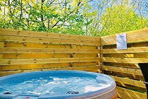 Hot tubs at Longnor Wood
