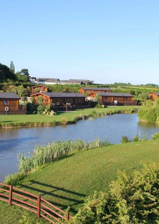 Eye-Kettleby-Lakes-Tranquil-Parks-Adults-Only-Holidays-Talakes