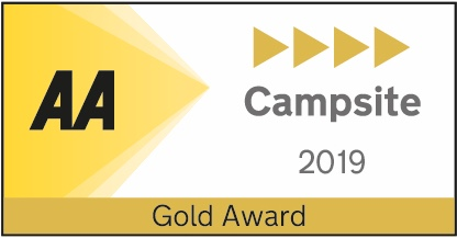 AA 5 Pendant Gold 2019