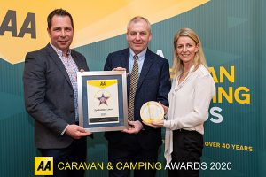 Eye Kettleby Lakes receives AA award Campsite of the Year 2019-2020 for England